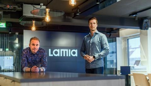 Jarkko Puumalainen ja Lauri Järvenpää liputtavat digikehitystä yritysten strategian keskiöön.