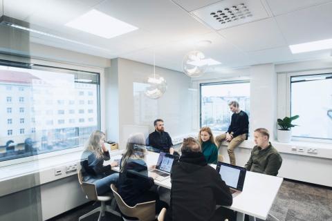 Lamian design-tiimi koostuu palvelumuotoilijoista, käyttöliittymäsuunnittelijoista ja visual designereista.